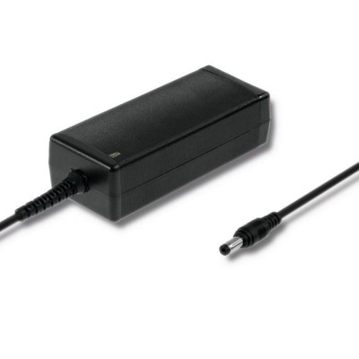Qoltec 50119 Power adapter | 40W | 12V | 3.33A | 5.5*2.1 | +power cable